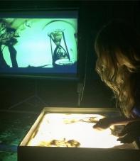 Песочное и световое шоу Людмилы Лепковой делает волшебство своими руками_7