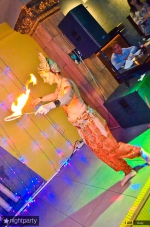 Нонна Некрасова ,повелительница огня и ножей, завораживает костюмами и фокусами_2