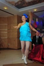 Нонна Некрасова ,повелительница огня и ножей, завораживает костюмами и фокусами_5
